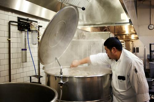 キッチンの厨房器具